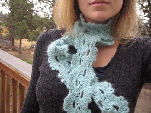 Anne scarf